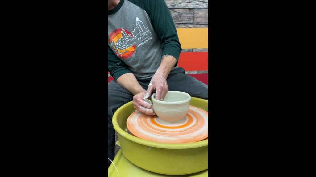 Basic Bowl Throwing